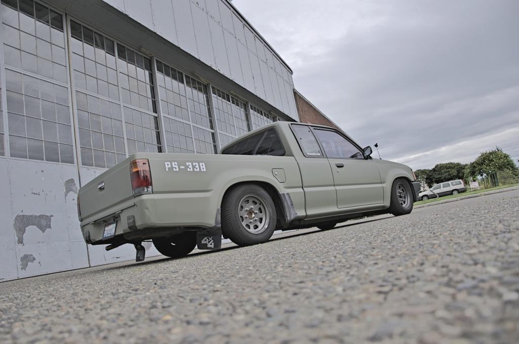 beatmyminis 1992 Mazda B Series Truck photo