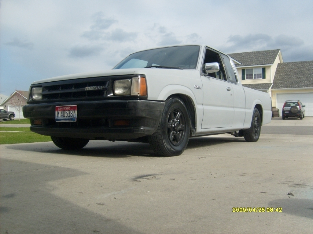 unfinished businesss 1990 Mazda B Series Truck photo