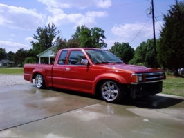 mazdog-jos 1992 Mazda B Series Truck photo thumbnail