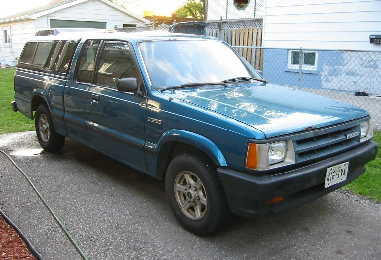 crashs 1992 Mazda B Series Truck photo