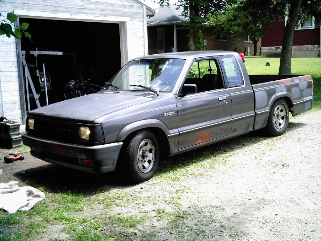 mazda_dudes 1988 Mazda B Series Truck photo