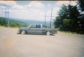 slammed86mazdas 1986 Mazda B Series Truck photo thumbnail