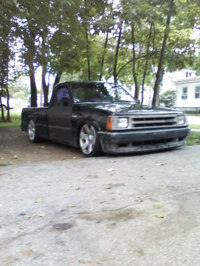 tickys 1989 Mazda B Series Truck photo thumbnail