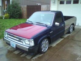 kevintothejs 1990 Mazda B Series Truck photo thumbnail