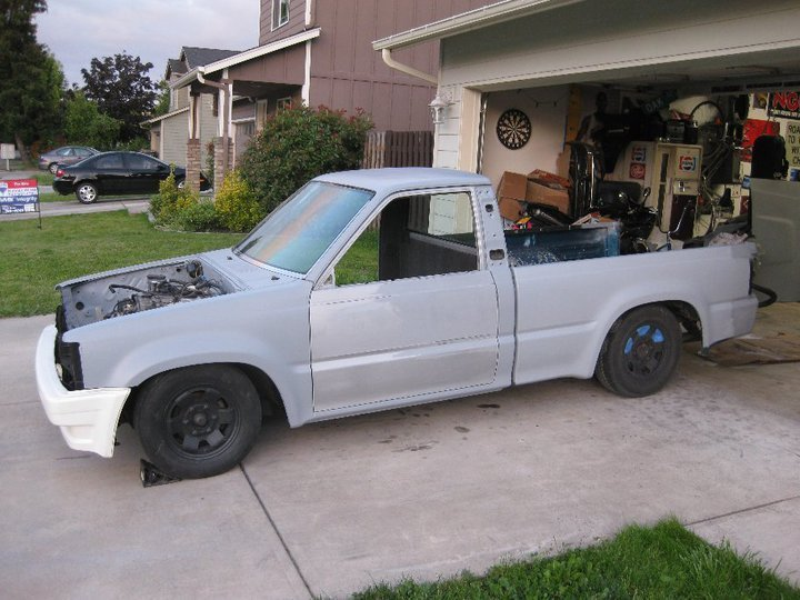 kevintothejs 1990 Mazda B Series Truck photo