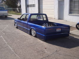idminitrucker (jason)s 1987 Mazda B Series Truck photo thumbnail
