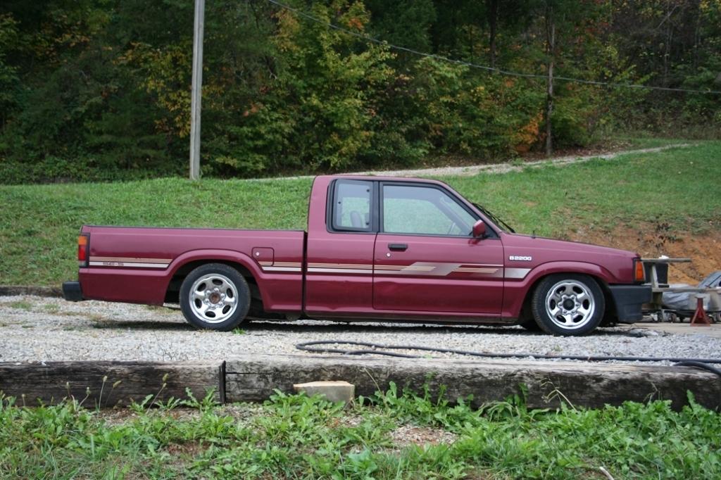 twitchs 1992 Mazda B Series Truck photo