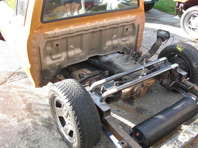 j&gmazdas 1988 Mazda B Series Truck photo