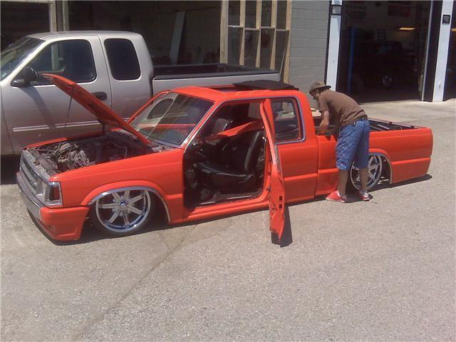 mazdadroppeds 1992 Mazda B Series Truck photo