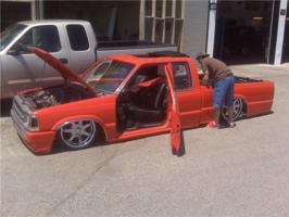 mazdadroppeds 1992 Mazda B Series Truck photo thumbnail