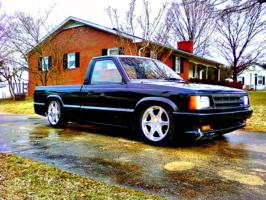 wesley2200s 1989 Mazda B Series Truck photo thumbnail