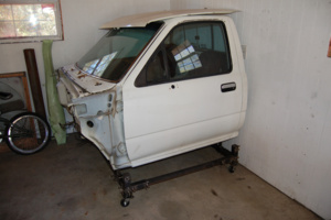 bahas 1991 Toyota Hilux photo thumbnail