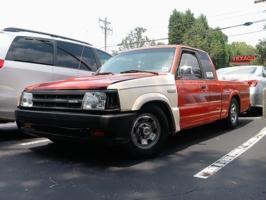 blugraphicss 1991 Mazda B Series Truck photo thumbnail