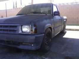 ridinlow84s 1993 Mazda B Series Truck photo thumbnail