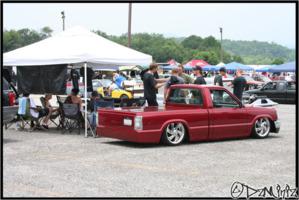 dzminizs 1990 Mazda B Series Truck photo thumbnail