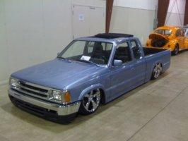 buildmagazines 1987 Mazda B Series Truck photo thumbnail