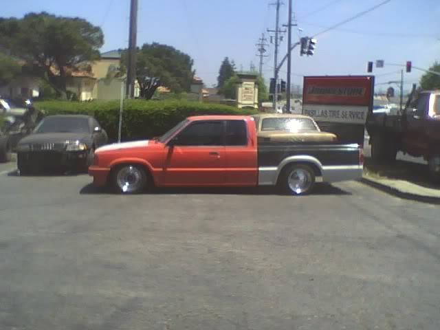 quentins 1988 Mazda B Series Truck photo