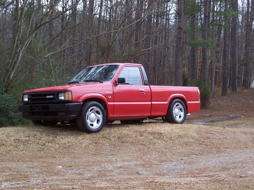 cpchurchs 1986 Mazda B Series Truck photo
