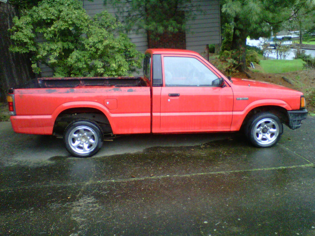 jebhmcs 1986 Mazda B Series Truck photo