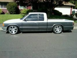nt_dn_yts 1989 Mazda B Series Truck photo thumbnail