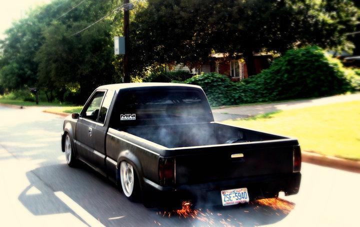 majordrops 1987 Mazda B Series Truck photo
