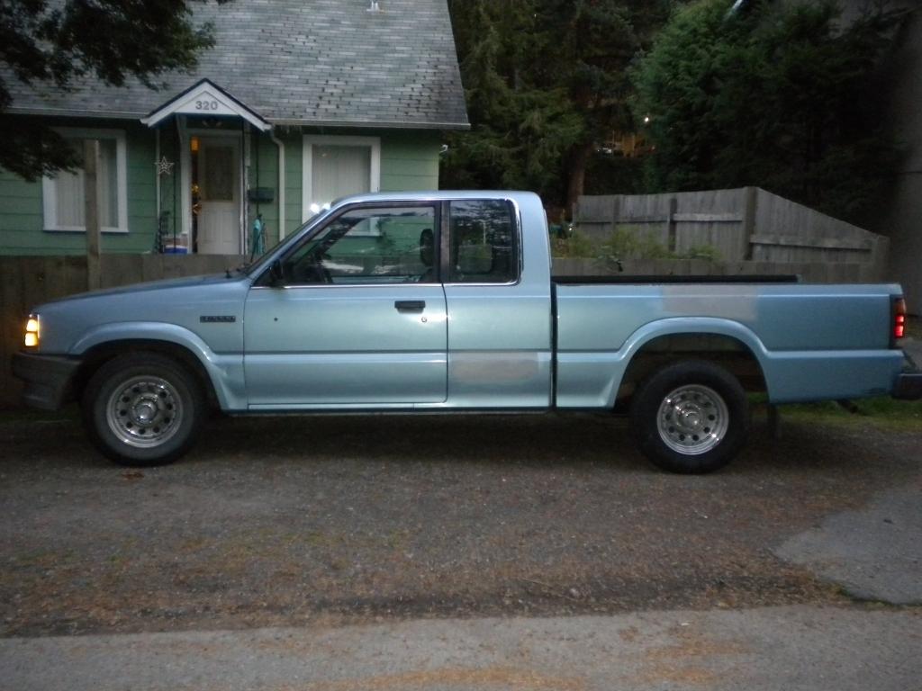 nw87mazdas 1987 Mazda B Series Truck photo