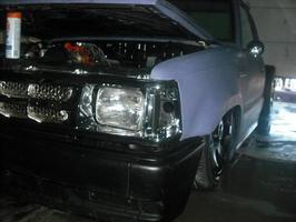 rbriggss 1989 Mazda B Series Truck photo thumbnail