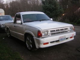 b seriouss 1986 Mazda B Series Truck photo thumbnail