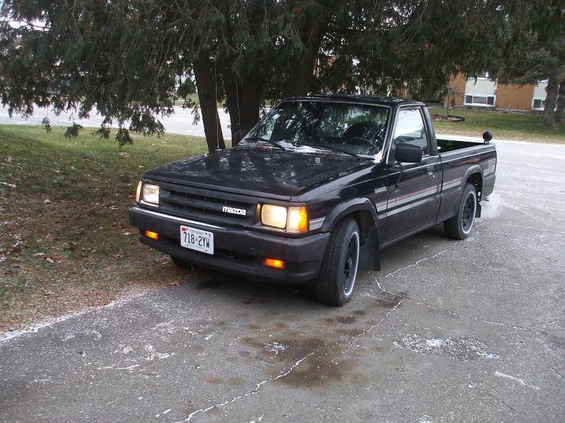 winslow33s 1989 Mazda B Series Truck photo