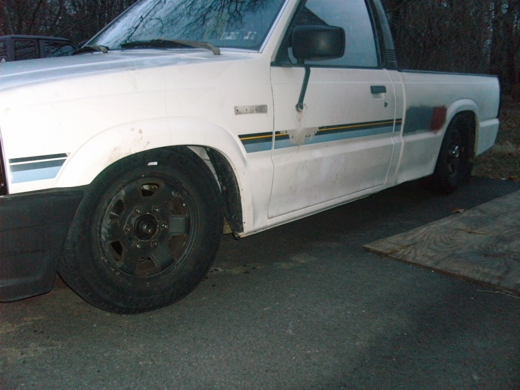 lilmazda88s 1988 Mazda B Series Truck photo