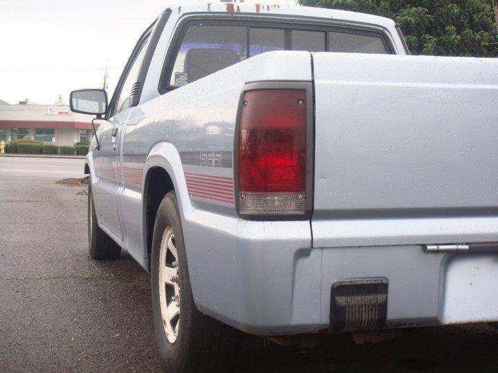 91b2200(cody)s 1991 Mazda B Series Truck photo