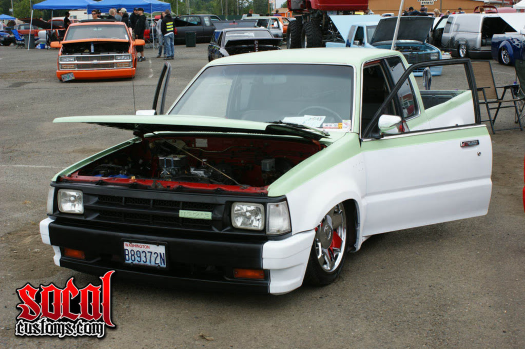 fastonthetracks 1986 Mazda B Series Truck photo