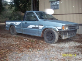 wetpickle02s 1986 Mazda B Series Truck photo thumbnail
