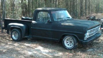 gatoy (chris)s 1970 Ford F100 photo thumbnail