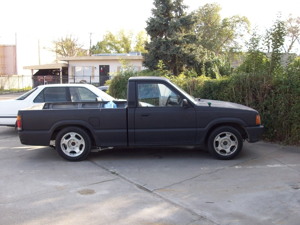 snugglesfons 1991 Mazda B Series Truck photo