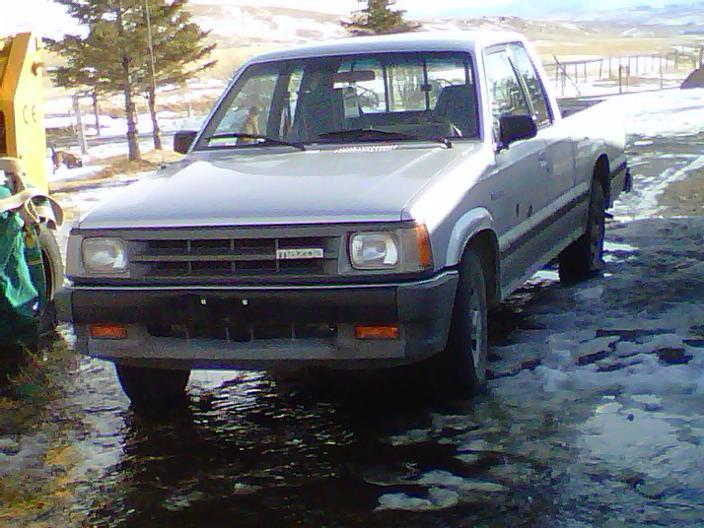 haters <3 mes 1989 Mazda B Series Truck photo