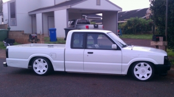 slammedb26is 1993 Mazda B Series Truck photo thumbnail