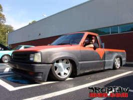 big_white270s 1987 Mazda B Series Truck photo thumbnail