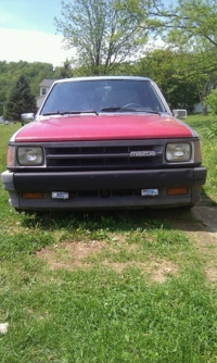 exile_pearsons 1989 Mazda B Series Truck photo thumbnail