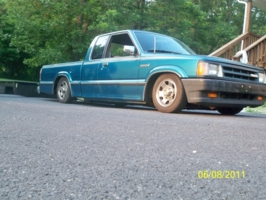 bpete91379s 1993 Mazda B Series Truck photo thumbnail
