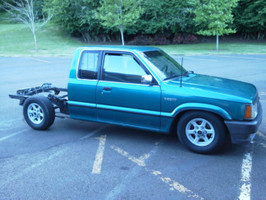 andrewvo1s 1993 Mazda B Series Truck photo thumbnail