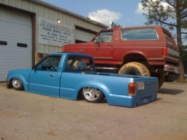 racinmason01s 1991 Mazda B Series Truck photo thumbnail