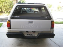 makanass 1989 Mazda B Series Truck photo thumbnail