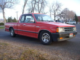 slamnfreaks 1991 Mazda B Series Truck photo thumbnail