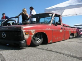 dragginyinzs 1976 Mazda B Series Truck photo thumbnail