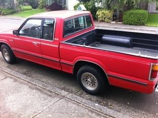 lydias 1986 Mazda B Series Truck photo