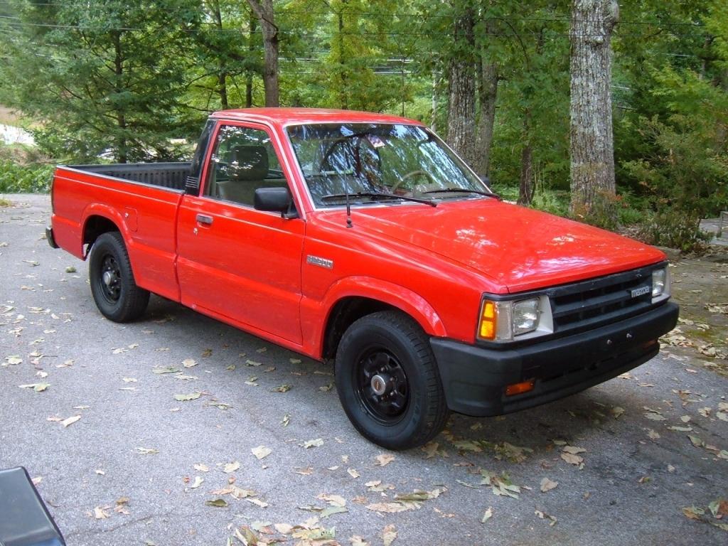 simonizs 1992 Mazda B Series Truck photo