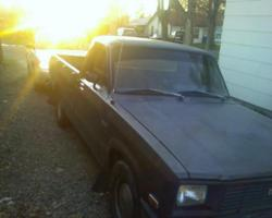 filigrees 1984 Mazda B Series Truck photo thumbnail