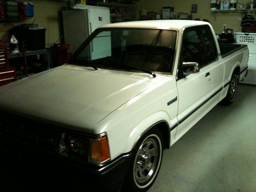 2600i turbos 1990 Mazda B Series Truck photo