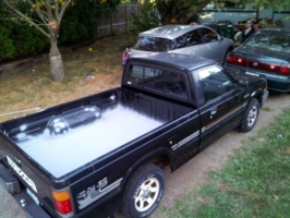nwb2000s 1986 Mazda B Series Truck photo thumbnail